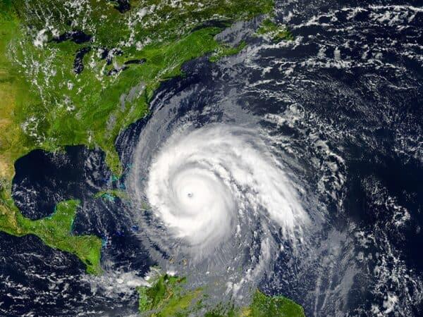 How to Minimize Hurricane Storm Damage